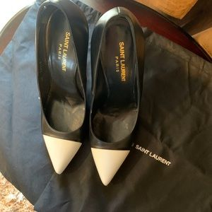 Saint Laurent classic color block toe pump.
